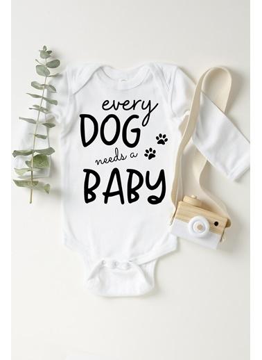 Happy Onesie Co Every Dog Needs A Baby Çıtçıtlı Bebek Body Beyaz